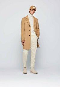 BOSS - H-HYDE - Classic coat - beige - 1