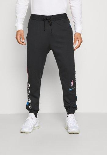 NBA BROOKLYN NETS CITY EDITON THERMAFLEX PANT - Pantaloni sportivi - black/soar
