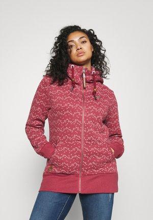NESKA PRINT ZIP - Sweat à capuche zippé - raspberry
