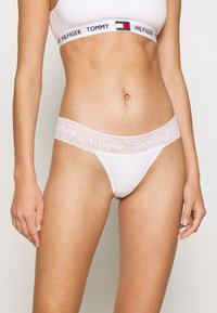 Tommy Hilfiger - THONG 3 PACK - Stringit - sky/white/neon yellow - 1