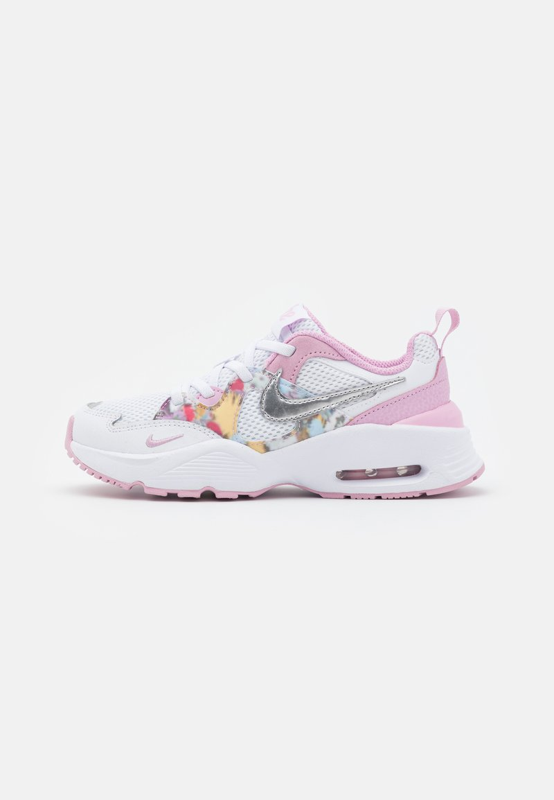 Nike Sportswear - AIR MAX FUSION - Tenisky - white/metallic silver/light arctic pink