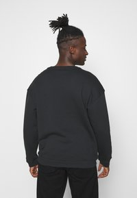 adidas Originals - SILICON CREW UNISEX - Sweatshirts - black - 2