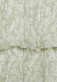 Gina Tricot - AMBER PLEATED DRESS - Day dress - green - 6