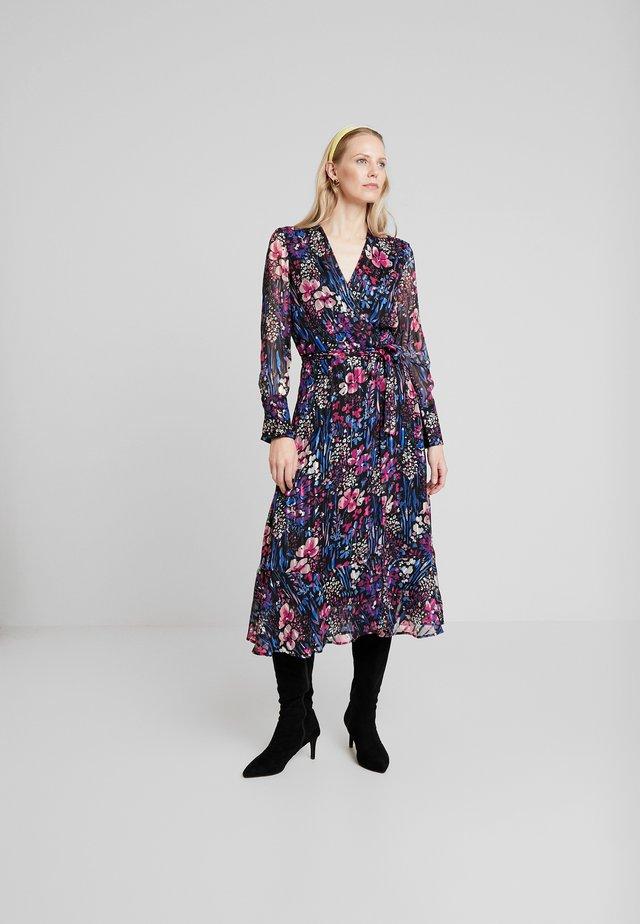 LONDON DRESS - Denní šaty - black