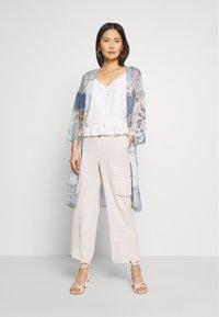 Cream - LORINE PANTS - Trousers - ote melange - 1
