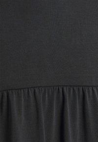 Vero Moda Curve - VMFILLI CALIA DRESS - Jersey dress - black - 6