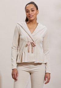 Odd Molly - HELENA - Zip-up sweatshirt - ash - 3