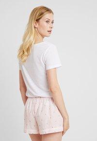 Palmers - LITTLE STRIPE SHORTS - Pyjama bottoms - rose/weiss - 0