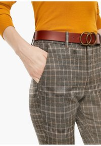 s.Oliver - Trousers - brown check - 3