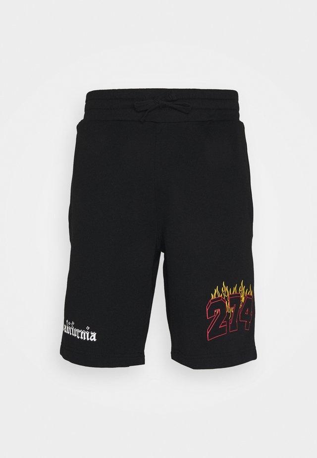 VARSITY - Shorts - black