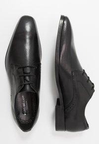 Kurt Geiger London - ROBERT LACE UP - Elegantní šněrovací boty - black - 1