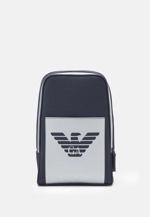 Bum bag - navy/silver