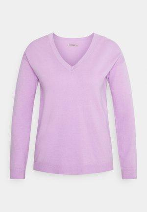 Strikkegenser - lilac