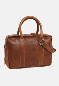 Gusti Leder - Briefcase - honey brown - 2