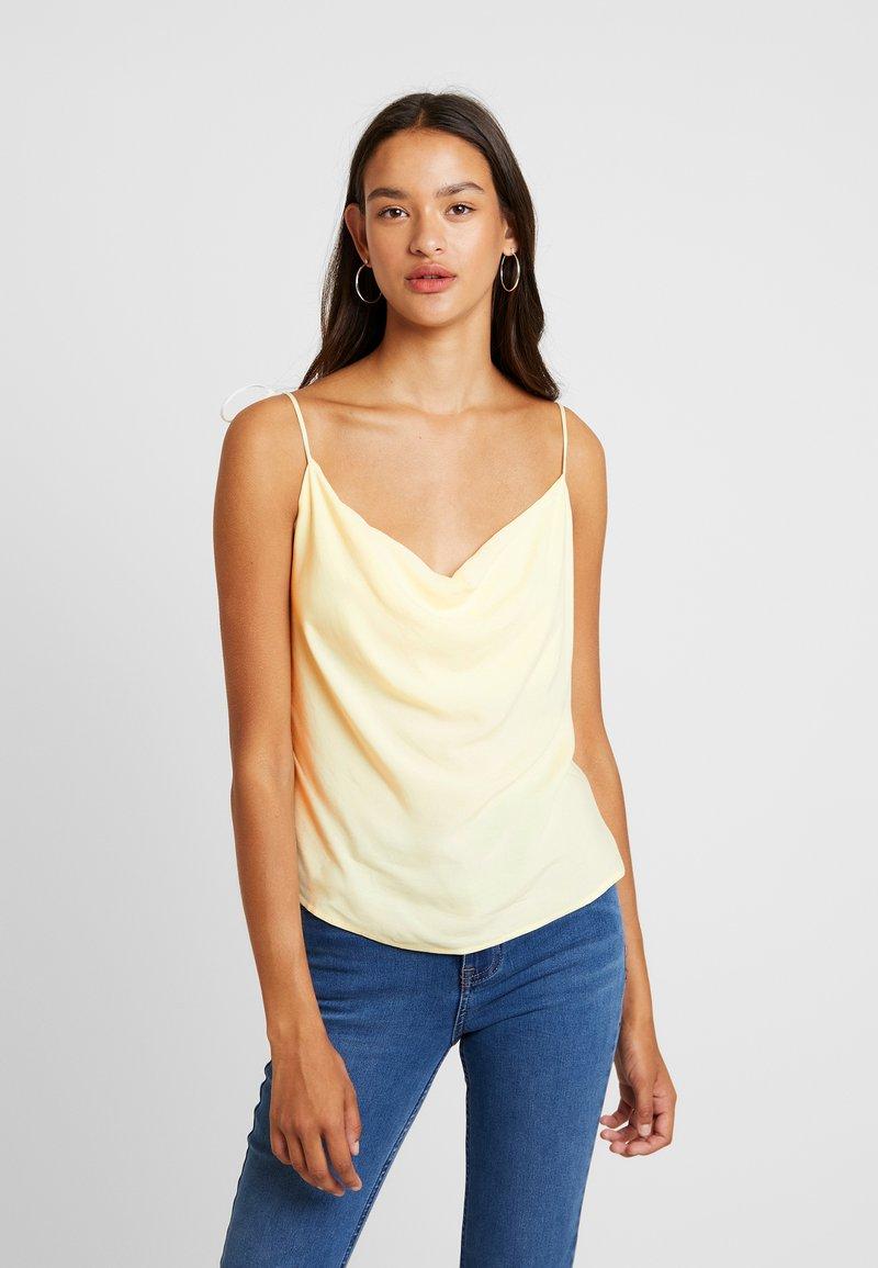 NA-KD - TIE STRAP CAMI - Linne - pale yellow