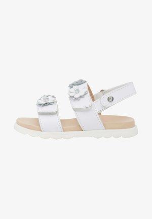 MUNEES - Sandals - weiß