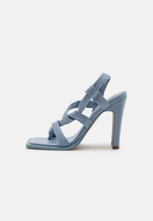 KNOTTED - T-bar sandals - blue