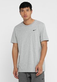 Nike Performance - DRY TEE CREW SOLID - Basic T-shirt - dk grey heather - 0