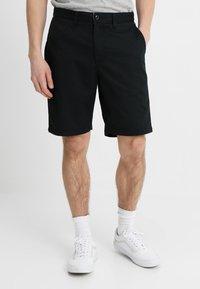 Vans - AUTHENTIC - Shorts - black - 0