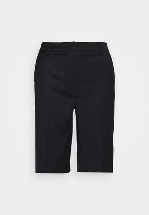 THE BERMUDA - Shorts - black