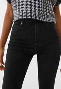 Bershka - SUPER HIGH WAIST - Jeans Skinny Fit - black - 3