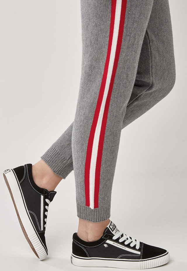 MACK DAMEN - Sneakers laag - black/white
