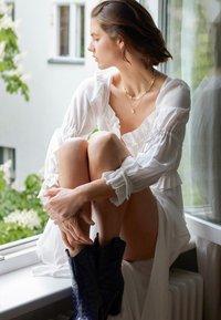 AllSaints - KIMI DRESS - Maxikjole - chalk white - 0