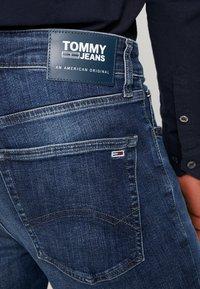 Tommy Jeans - STEVE SLIM TAPERED - Slim fit jeans - nassau dark blue - 5