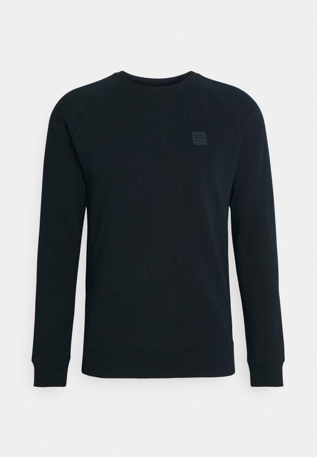 Sweater - scandinavian blue