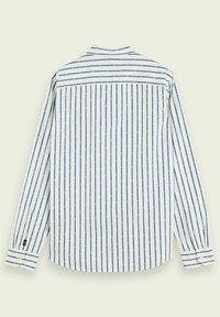 Scotch & Soda - REGULAR FIT COUPE MINI JACQUARD - Shirt - white - 5