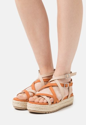 AMELIE - Platform sandals - arena/teja