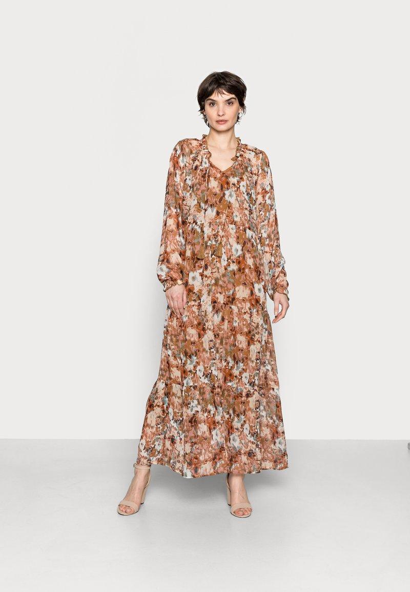 Cream - BABETTE MAXI DRESS - Maxi dress - light pink