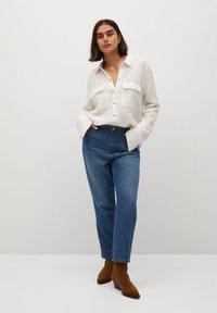 Violeta by Mango - SOBRE - Button-down blouse - weiß - 1
