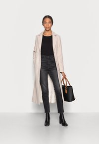 mine to five TOM TAILOR - LOOK LONG COAT - Classic coat - powder beige melange - 1