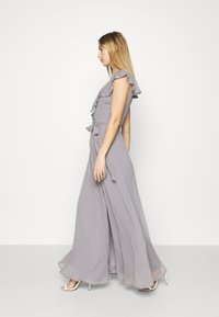 Nly by Nelly - DASHING FLOUNCE GOWN - Occasion wear - light grey - 5