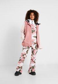 DC Shoes - WOMEN - Snowboardová bunda - dusty rose - 1