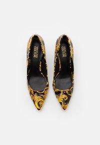 Versace Jeans Couture - Czółenka - multicolor - 4