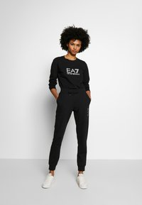 EA7 Emporio Armani - Sweatshirt - black/white - 1