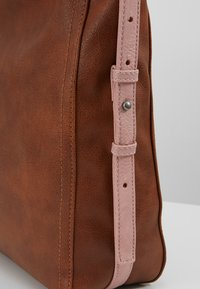 Fritzi aus Preußen - IRKA - Handbag - brown - 6