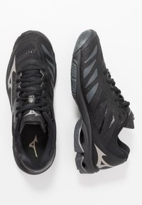 Mizuno - WAVE LIGHTNING Z5 - Volleyball shoes - black/met shadow/dark shadow - 1