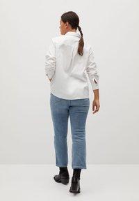 Violeta by Mango - OXFORD7 - Button-down blouse - wit - 2