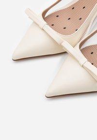 Red V - Bridal shoes - avorio - 5