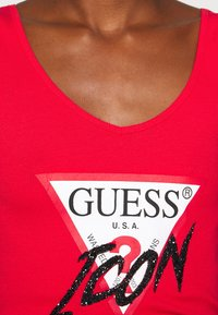 Guess - MYRELLA  - Toppe - necessary red - 6