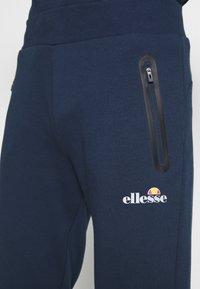 Ellesse - OSTERIA - Pantalon de survêtement - navy - 4