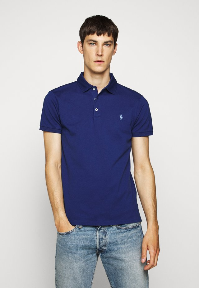 SLIM FIT MODEL - Polo - holiday sapphire