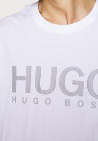 HUGO - DOLIVE - T-shirts print - white - 4