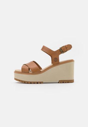 KORALYN CROSS STRAP - Platform sandals - light brown