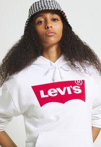 Levi's® - GRAPHIC STANDARD HOODIE - Felpa con cappuccio - white - 3