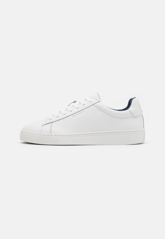 MC JULIEN  - Sneaker low - bright white