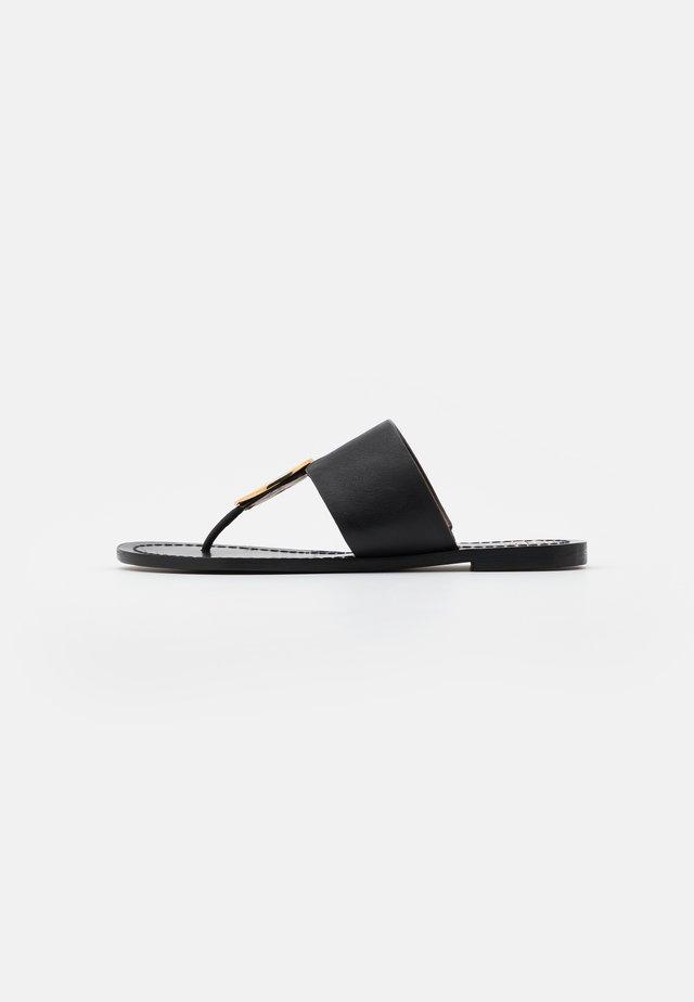 PATOS DISK - Sandály s odděleným palcem - black